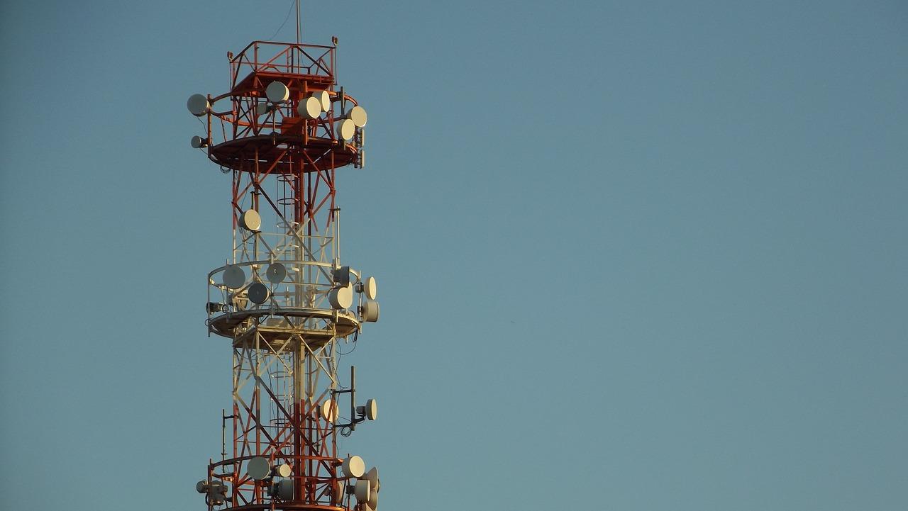 You are currently viewing Nieoczywiste błędy występujące w dokumentacji dotyczącej lokalizacji stacji bazowych telefonii komórkowej