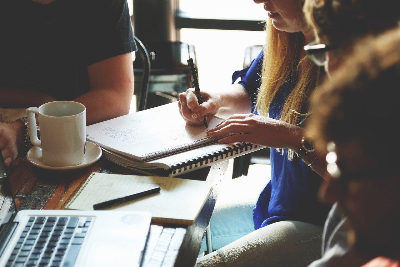 Rola konsultacji społecznych w projektach OZE