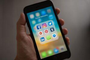 Czy sieć 5G stanowi zagrożenie?
