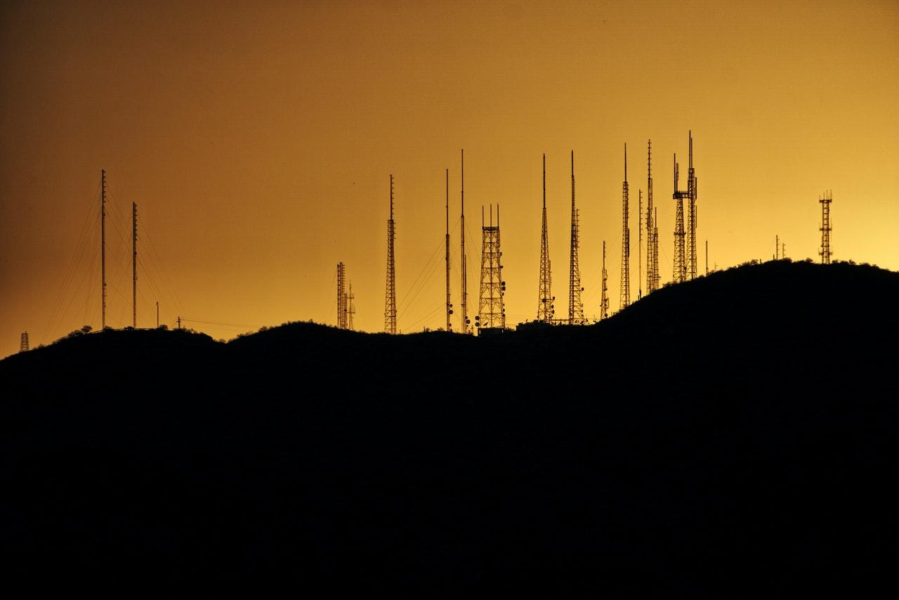 Narażenie na pole elektromagnetyczne a zdrowie człowieka